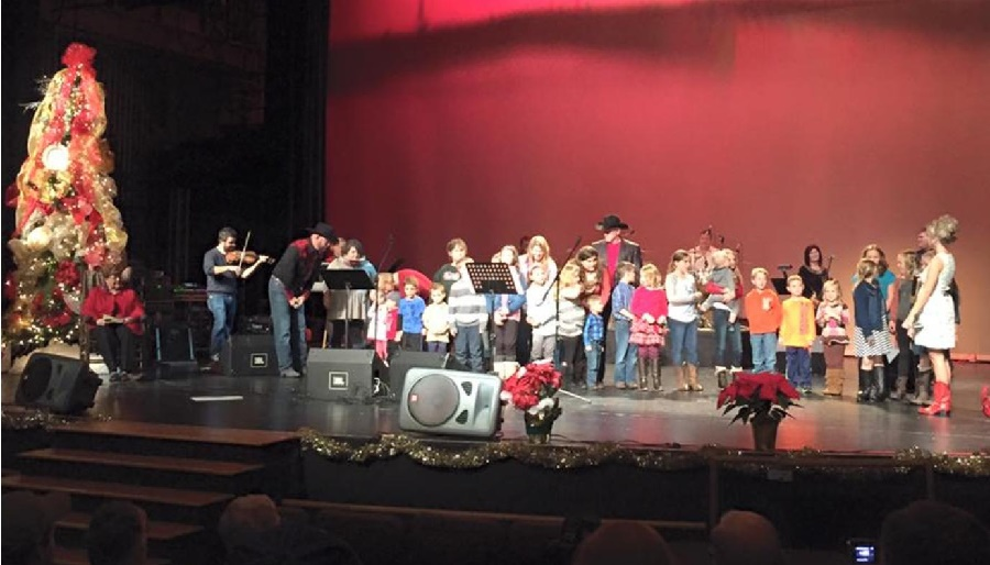 A Country Christmas Concert at The Center